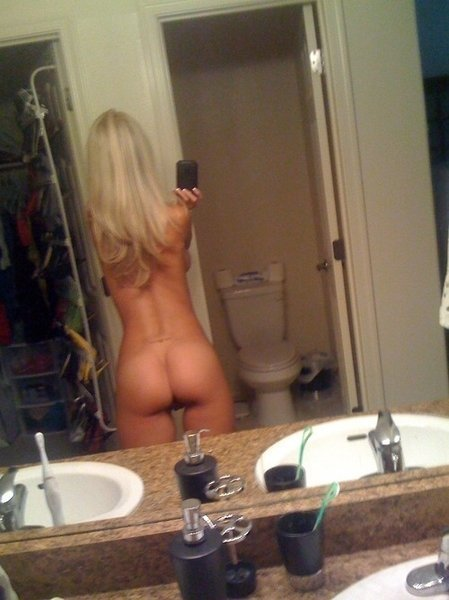 Real amateur nude pictures sexy amateur teen selfshot real naked nude; Amateur Hot Teen