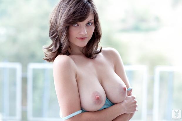 Lisa Kate presents her jubilant milk mountains; Babe Big Tits Brunette