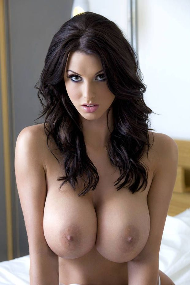 video big tit brunette