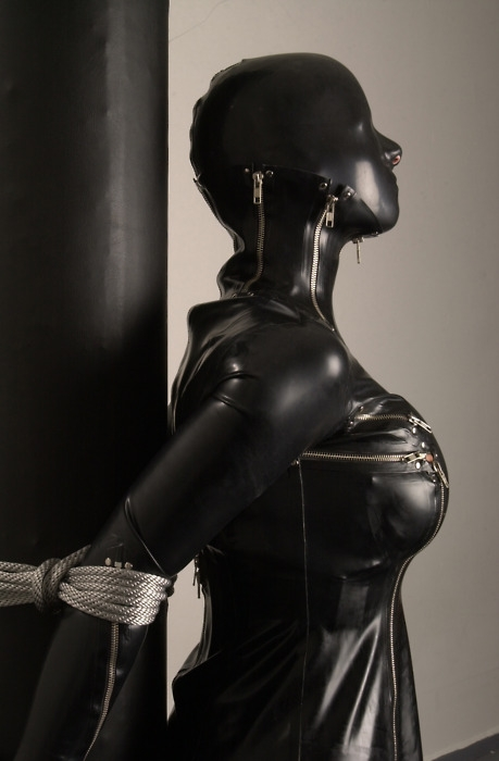 bdsm latex