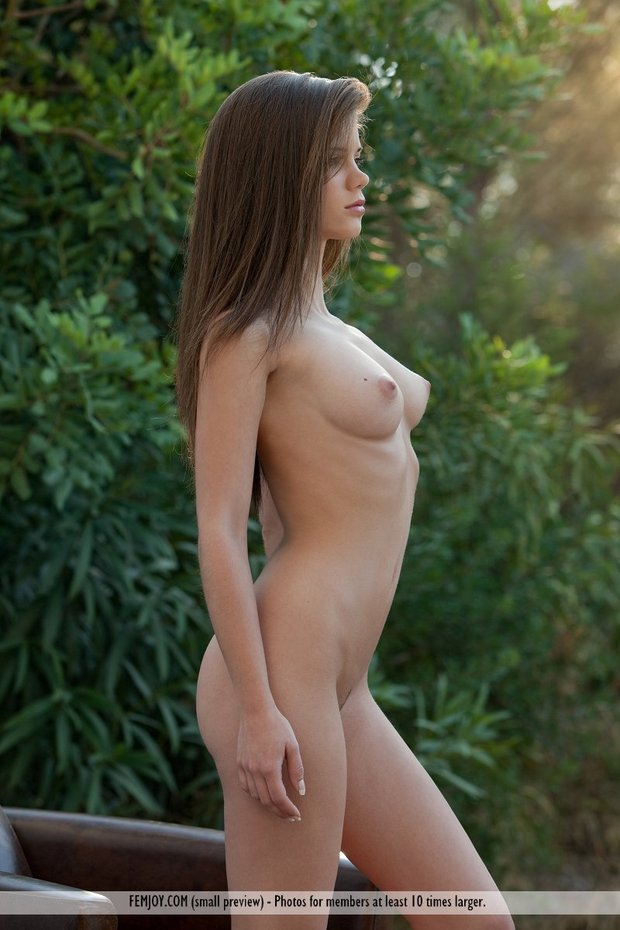 breast out; Teen