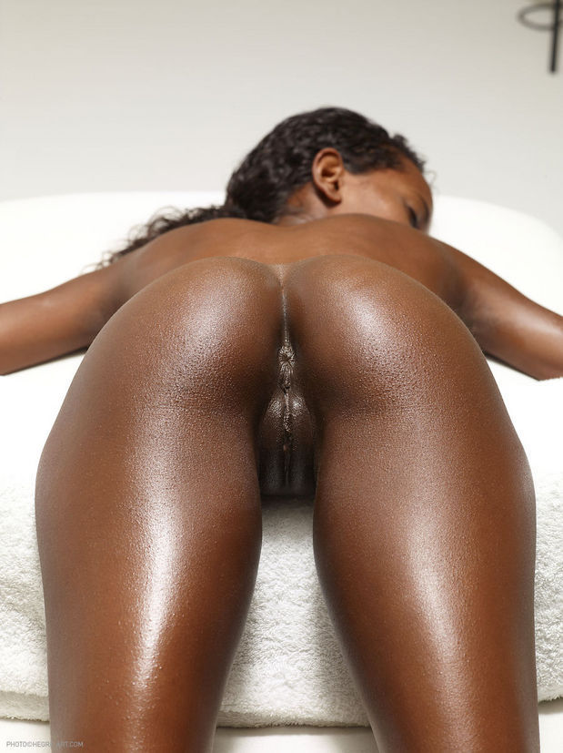Ebony booty ass
