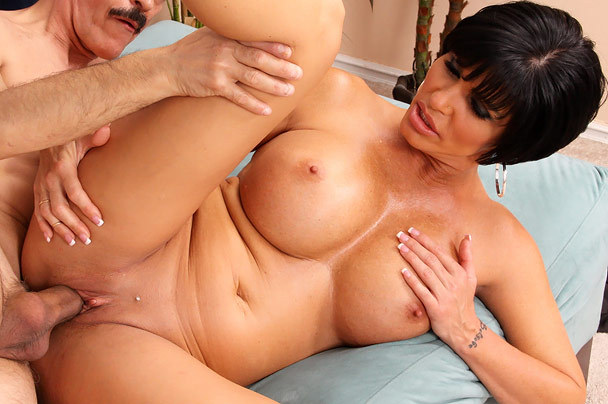 Big tits XXX Videos - Natural boobs and giant melons in