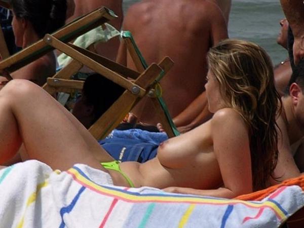girl masterbating in bikini