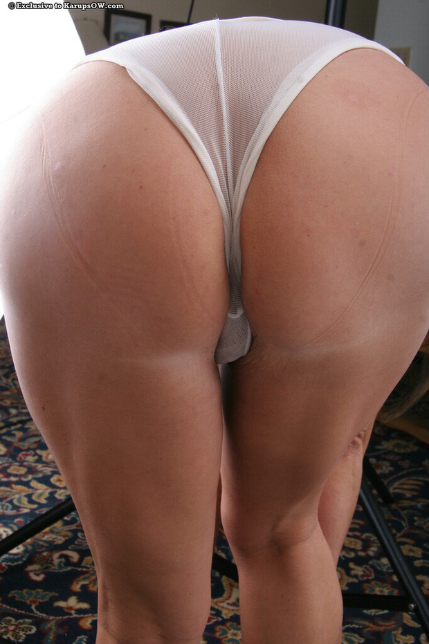 in milf panties ass