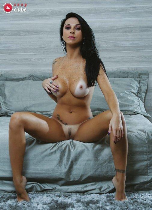 ...; Babe Big Tits Brunette Hot Latina
