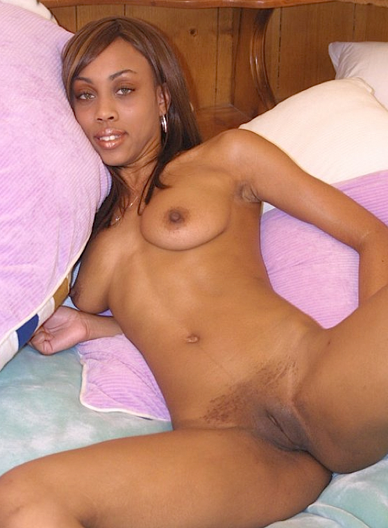 Sexy Black Babe Spreads Her Legs While Naked In Bed Babe Ebony Pussy