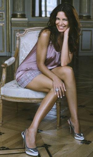 Bárbara Guimarães; Big Tits Brunette Celebrity MILF SFW