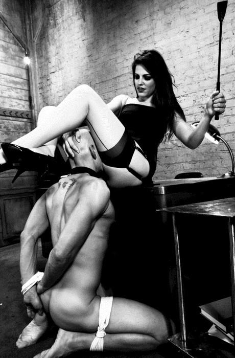 госпожа наказывает раба фото