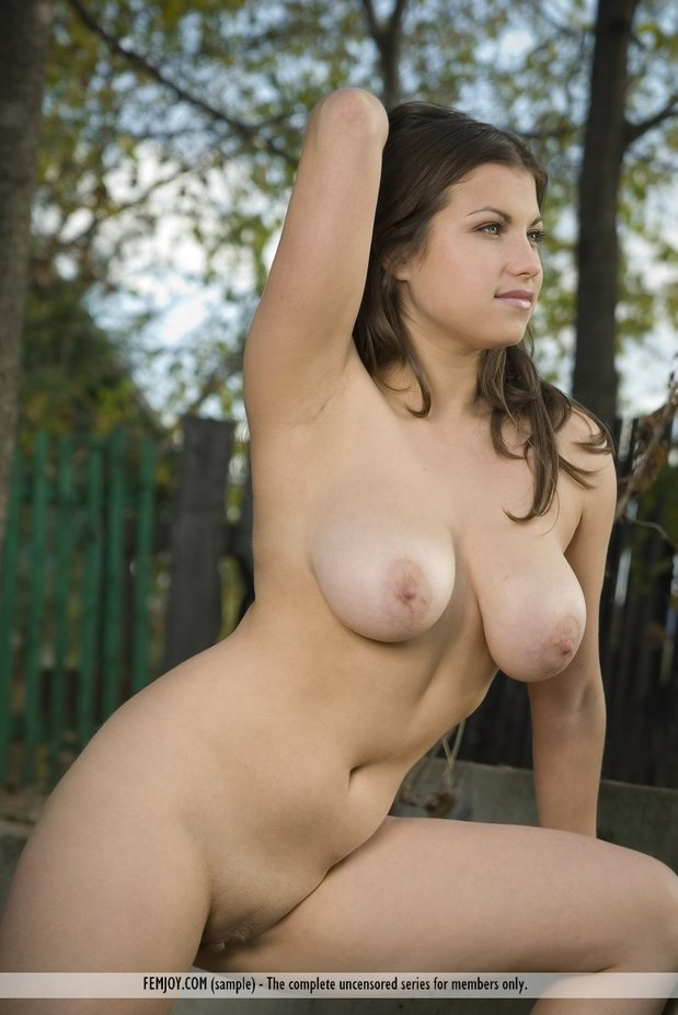 Big Natural Tits Teen Comp