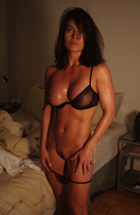 Brunette Big Saggy Tits