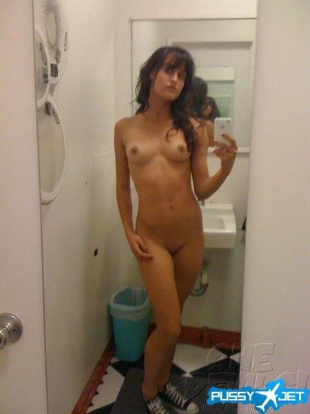 Hot brunette nude selfshot; Amateur Babe Female Friendly Teen Hot