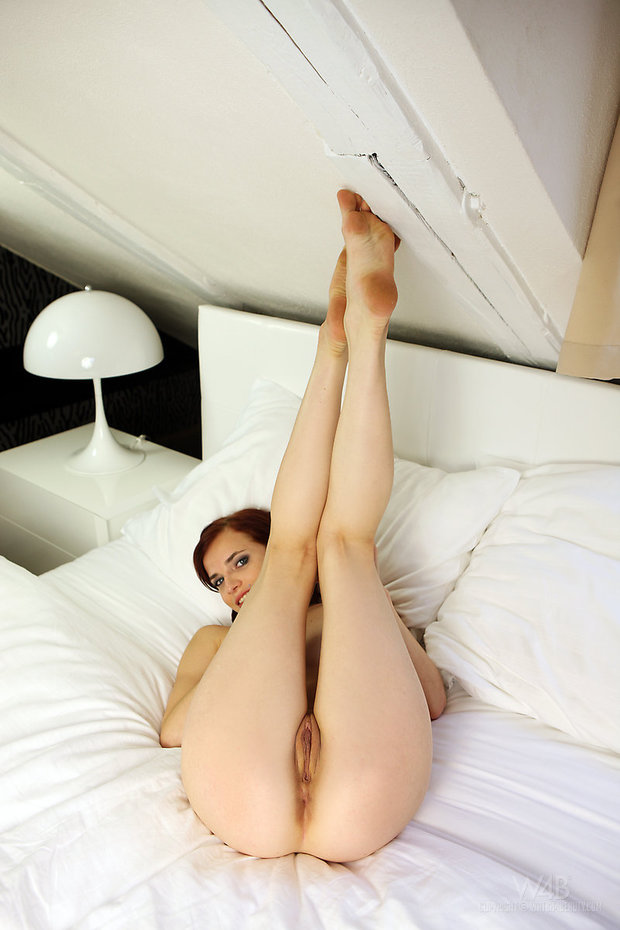 ...; Athletic Babe Funny Hot Teen