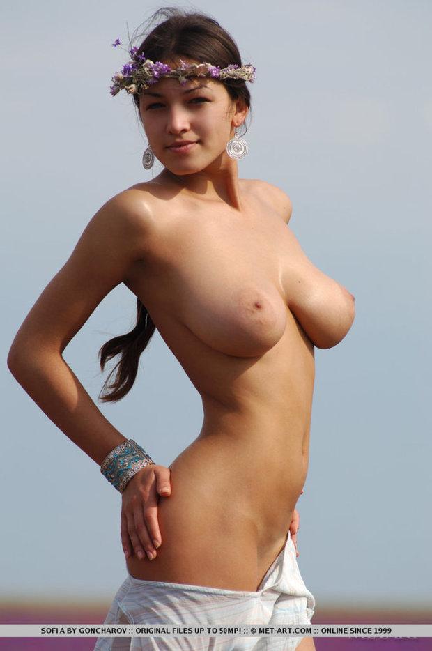 ...; Babe Big Tits Brunette Teen