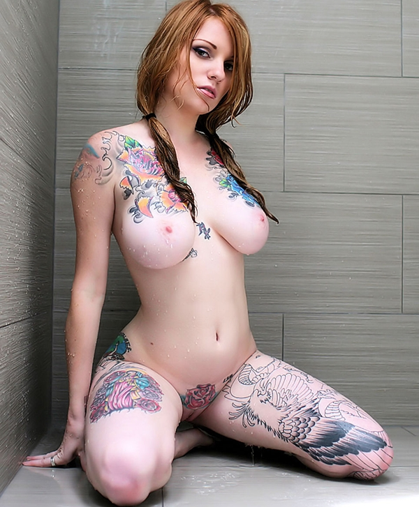 Redhead with big tit and tattoos