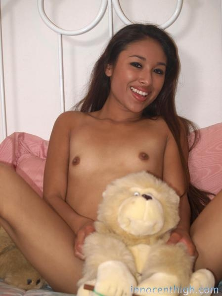 Cali Lee is a sexy exotic student girl who loves porn; Amateur Teen