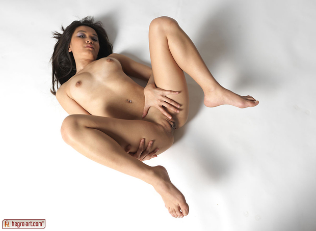 ...; Athletic Babe Pussy Teen