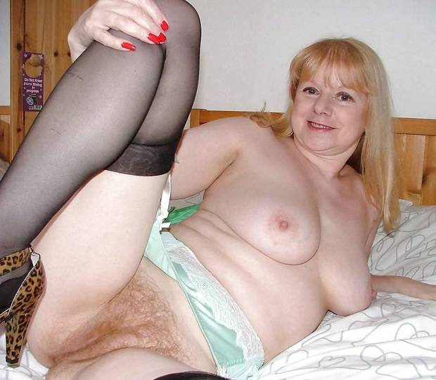 Chubby mature hairy stockings